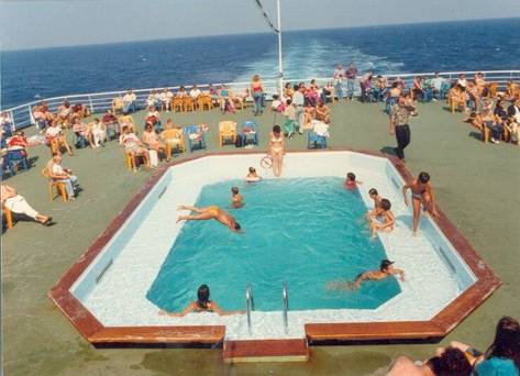 Swimming Pool Fakta Om Fartyg